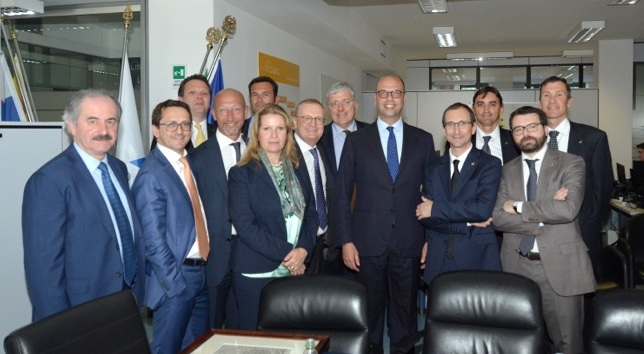 Il ministro Alfano in visita a DBA Group