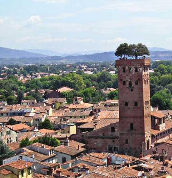 Lucca e i borghi della Versilia